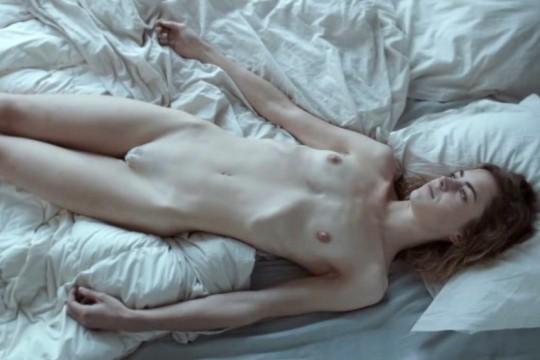 Hannah Hoekstra Nude