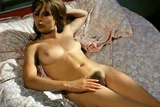 Monique van de Ven Nude